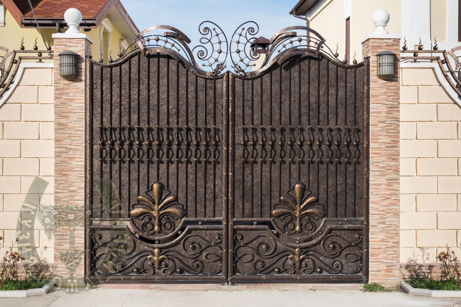 Кованые ворота. Дата изготовления: 2013 год