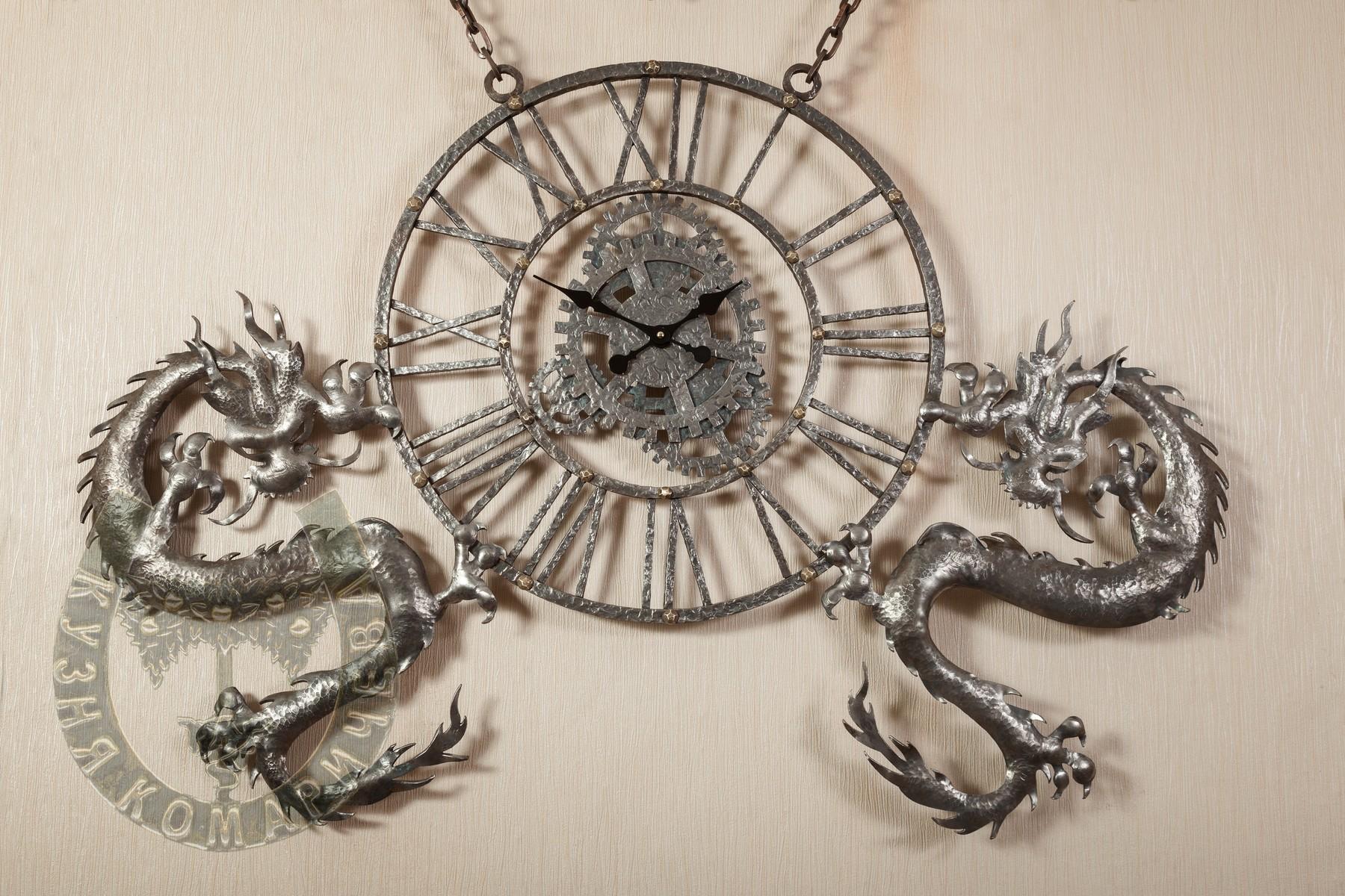 """Кованые часы """"Китайский дракон"""""""